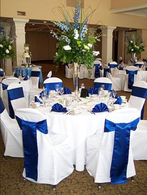 Wedding Reception Table Decorations on Blue Wedding Theme